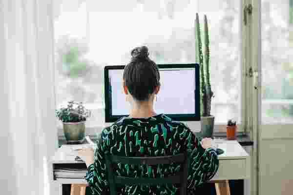 在家工作时,企业家员工是如何保持理智和生产力的